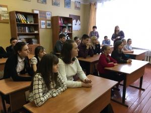 В г.о. Серебряные Пруды полицейские провели профилактическую беседу с учащимися